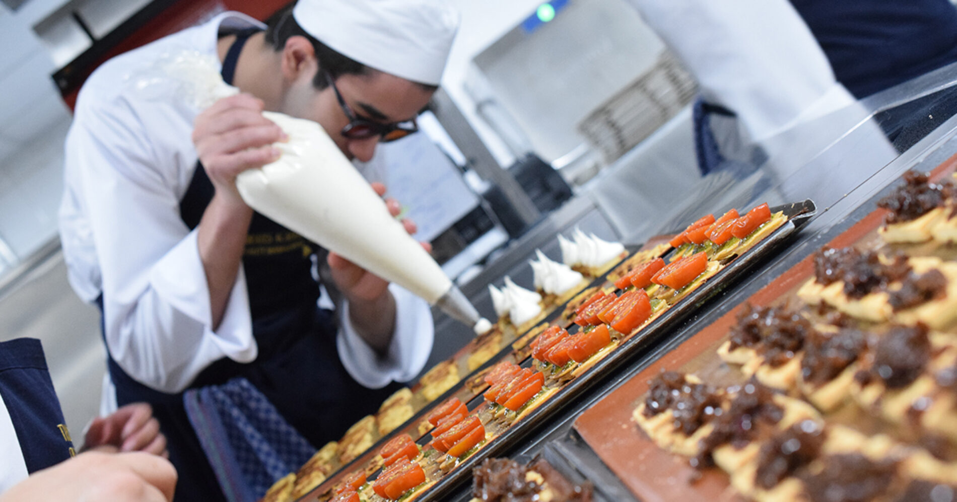 Francesco Acquaviva, Emirates Academy join forces for night of gastronomy